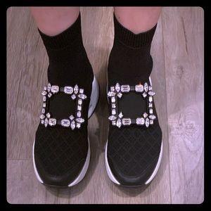 NIB Roger Vivier Viv Run Sock Booties Sneaker 37